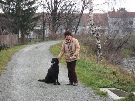 Esira mit Liselotte in Deutsch Brodersdorf