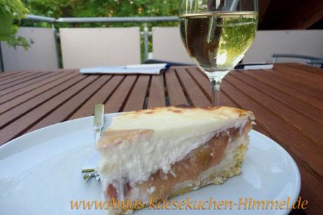 Rhababer-Käsekuchen mit Weißwein Anjas Käsekuchen-Himmel