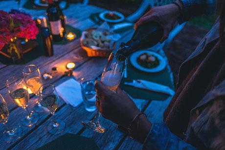 Wein; Weine; kaufen; bestellen; Versand; Sommelier; Degustation; Winetasting; Wine and Dine; Wineporn; Winepairing; foodpairing; Online; Bio; Trend; Vegan; beste; bester; Parker; Schaumwein; Champagner; Prosecco; Methode traditionelle; Champenoise; Brut