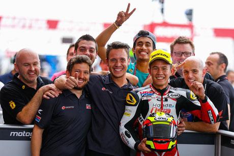 Malaysia 2: Der totale Überraschungssieger der Moto3 in Argentinien. Khairul Idham Pawi gewinnt und niemand weiß, wie er das gemacht hat