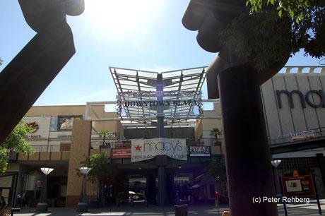 Downtown Plaza, Sacramento