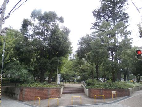 北大江公園(450m)