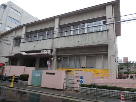 大阪市立西船場小学校(180m)