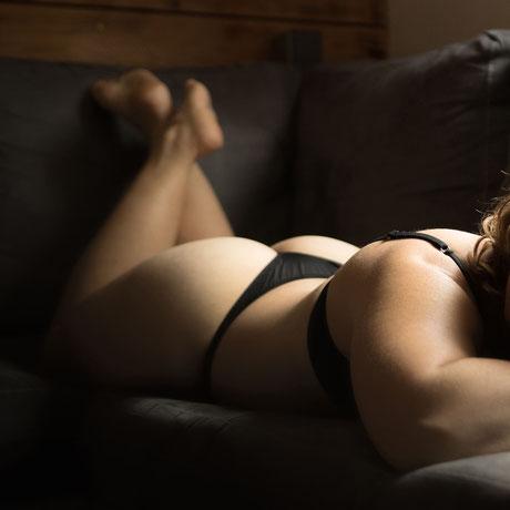 Photo boudoir femme en lingerie savoie chambéry