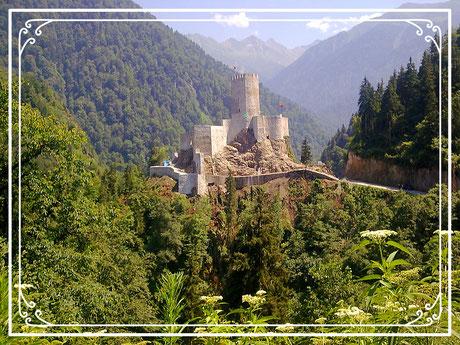 """Zilkale ist eine mittelalterliche Burg im dem Fırtına-Tal (wörtlich: """"Stürmisches Tal"""")"""