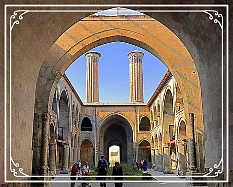 Çifte Minare Medrese Erzurum Türkei
