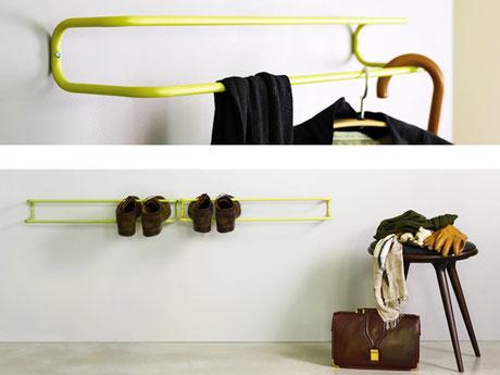 """Funktionale Garderobe """"Take Off Your Shoes and Jacket"""", kann als Schuhablage / Schuhgarderobe und Kleidergarderobe verwendet werden. Erspart Schuhspanner bei Stiefel"""