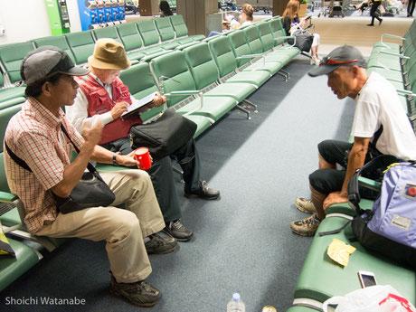 無事に合流。森北さんはピーチ。あとのお二人は電車で成田入り。