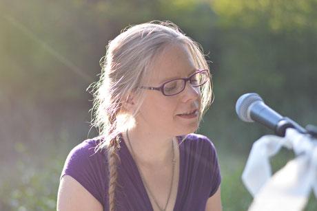 Jessica Mahnke - Hochzeitspianistin und Sängerin