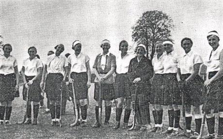 Hockeydamenmannschaftsfoto aus dem Jahr 1935