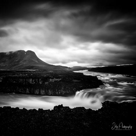 Island, Pjofafoss, Wasserfall, Langzeitbelichtung, 2015, © Silly Photography