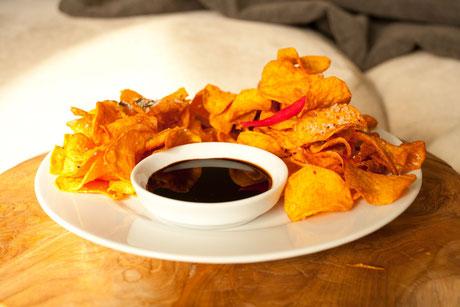 Couchen mal anders: Süßkartoffelchips mit dem richtigen Salz haben Blockbuster Potenzial...