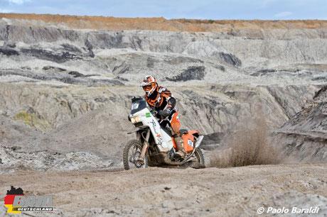 Robert Labinsky su KTM 660 Rallye, vinvitore bike sopra i 180 kg