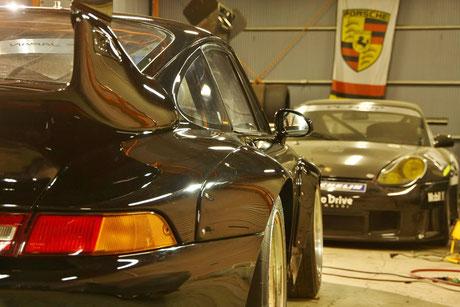 ポルシェ993GT2レーシングの磨き・コーティング後
