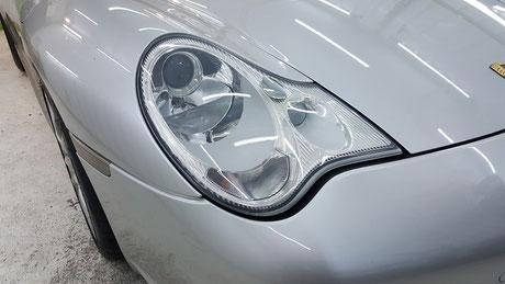 996GT3 ヘッドライト磨き・コーティング 埼玉の車磨き専門店