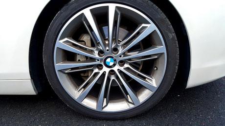 ブレーキダストの固着 BMW640 鉄粉除去 ホイールコーティング ふじみ野 富士見 飯能 所沢