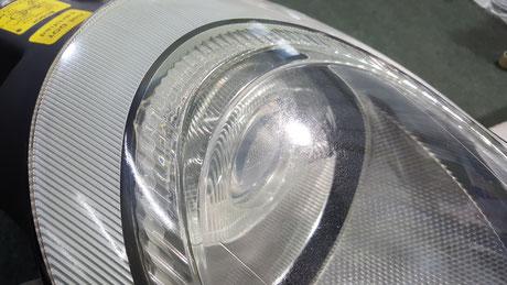 ポルシェ996のヘッドライト磨き 所沢 浦和 和光