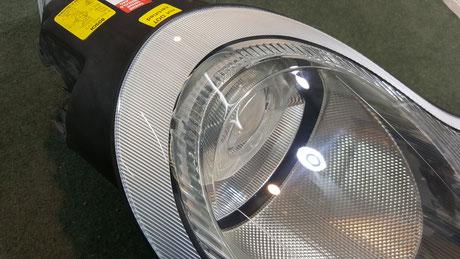 ポルシェ996のヘッドライト黄ばみ除去