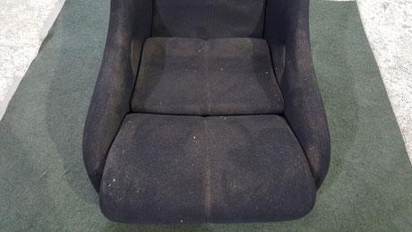 968CSのバケットシート座面の汚れ