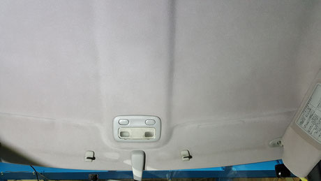 BNR32の車内天井の汚れ