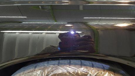 BNR32黒 左リアフェンダーの線傷除去 擦り傷を研磨