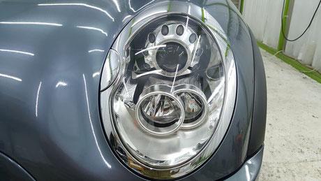 ミニクーパーSのヘッドライトの白ボケ除去