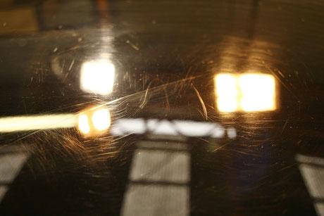 996GT3R黒 ルーフの傷 濃色車の洗車傷