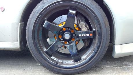 ニスモLMGT4にブレーキダスト汚れ BNR32 GT‐R