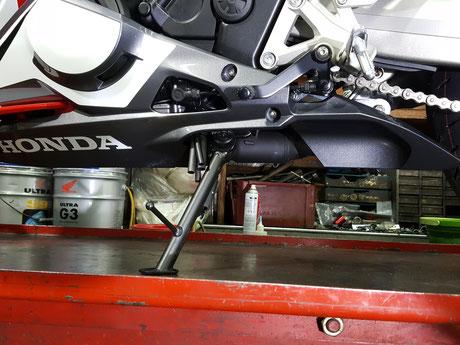 CBR250RRの磨きにくいサイドカウル