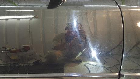 BNR32 ドアのバフ目 ペーパー目 オーロラマーク