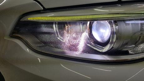 BMW2 ヘッドライトのひび・クラック