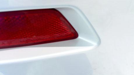 BMW640ⅰのガラスコーティング リフレクターの隙間の洗浄 埼玉県三芳の車磨き専門店 鉄粉除去