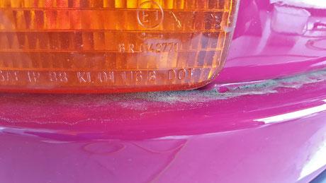 964ターボのフロントバンパーの花粉