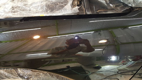 BNR32GT-R黒 右フロントフェ ンダーの傷・曇り改善 埼玉の車磨き専門店