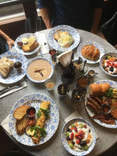 Frühstück im Dishoom, Edinburgh
