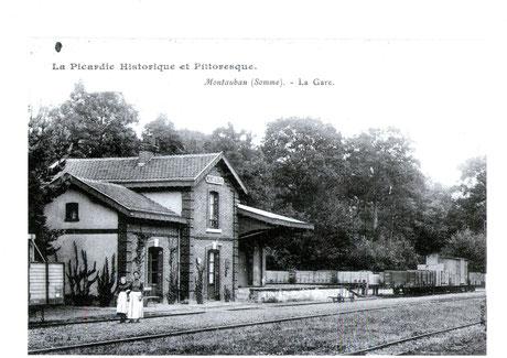 Chambres d'hôtes - B&B - gites de france - Somme - Picardie -chambre familiale - double -twin -circuit du souvenir - WW1 - Centenaire - 14-18 - Albert - Péronne - Thiepval - Villers Bretonneux - longueval - Pozières - Somme Battlefield - Train