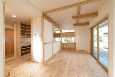 桧の床で床暖房