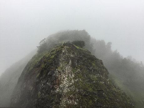 nuuanu-pali-lookout-oahu