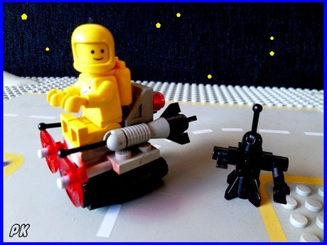 6807 Space Sledge with Astronaut and Robot