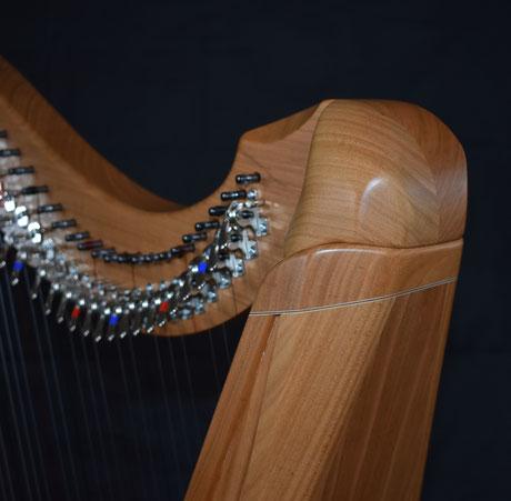 Keltische Harfe Kirschbaum
