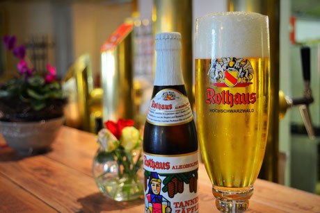 Echtes Rothaus Bier aus Baden finden Sie in der Getränkekarte des Kaiserstühler Hofs in Rust.
