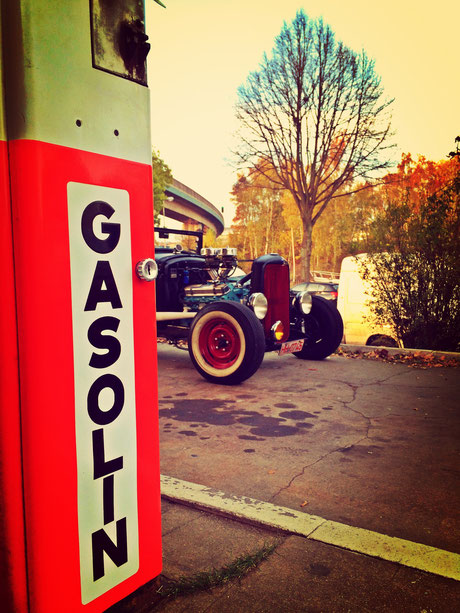 Hot Rod Oldtimer Tankstelle Brandshof
