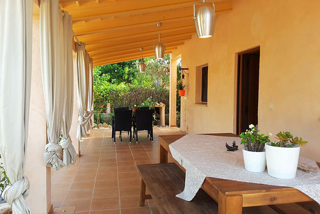 Finca Flora, Llucmajor, for families, with pool