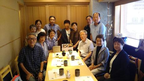 パソコン部食事会(吉Oさんからの写真20170711)拡大可