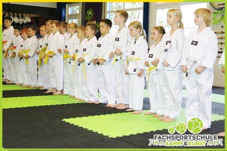 Grafik zu Schüler Team für Kinderkarate & Karate in der Kampfsportschule Friesoythe