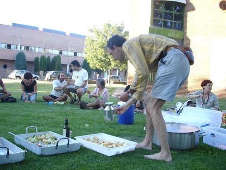 Comida al aire libre. Peregrinación del 2011