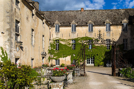 château savigny les beaune, abarth, road trip, LIR, lotus, lotus élise, caterham, speedster, rachel jabot ferreiro, erjihef photo