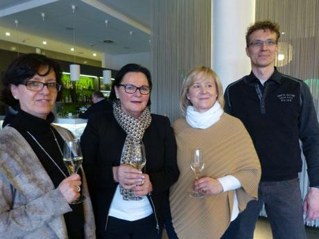 Vivien Stolte,  Karin Thiel,  Dorothee Berief,  Frank Böhme