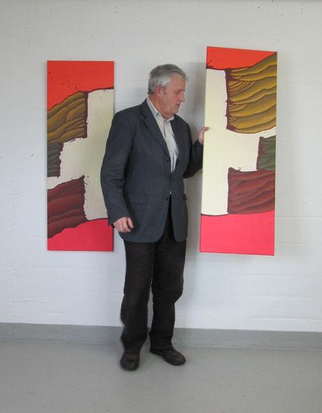Ständerat Hans Stöckli im Atelier des Künstlers