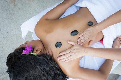 Massage pierre chaudes Làchez-prisc PEZENAS